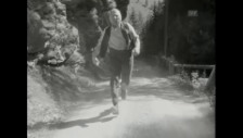 Video «Szene Heinrich Gretler rennt (1955)» abspielen