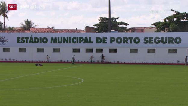 Video «Fussball: Das Trainingsgelände der Nati in Porto Seguro» abspielen