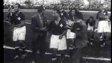 Video «Schönste Schweizer WM-Momente: 1950 - 2:2 gegen Brasilien» abspielen