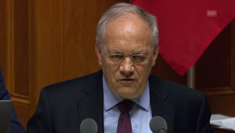 Schneider-Ammann: «Die Firmen bitten um weniger Bürokratie»