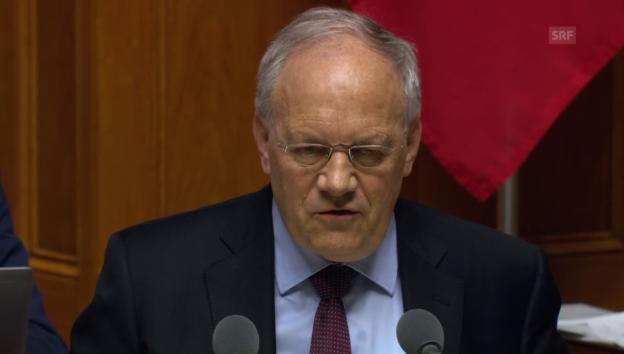 Video «Schneider-Ammann: «Die Firmen bitten um weniger Bürokratie»» abspielen