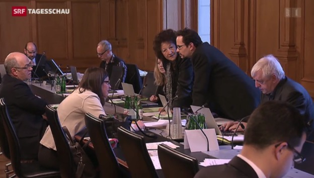 Video «Umsetzung der Ausschaffungs-Initiative» abspielen