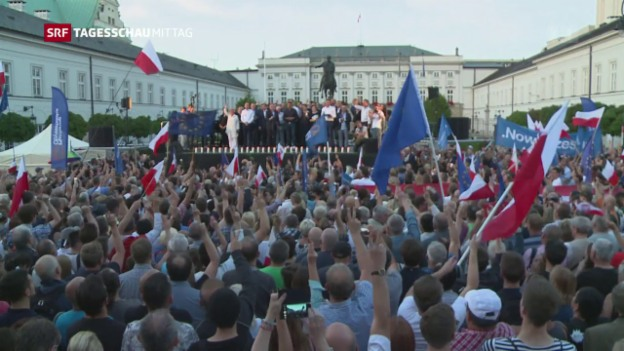 Video «Proteste in Polen» abspielen