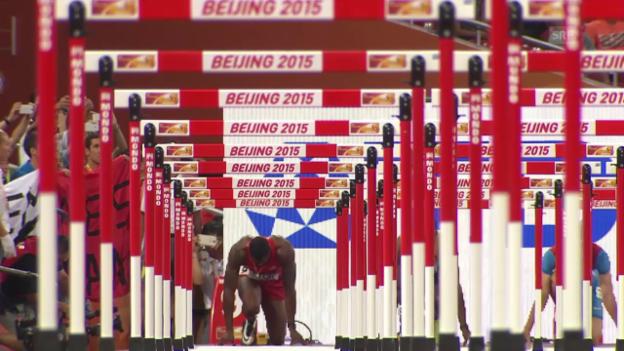 Video «Leichtathletik: WM in Peking, Final 110 m Hürden» abspielen