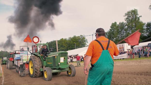 Video «Tractor Pulling und Best of «Tacho»» abspielen