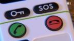 Video «Senioren-Nottelefone sind teils untauglich» abspielen