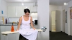 Video «Haarföhn statt Dampfbügeleisen» abspielen