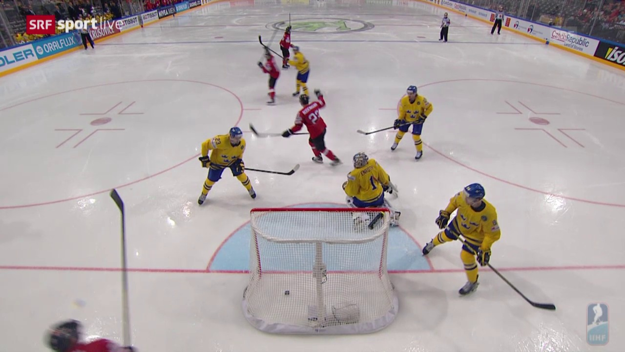 Eishockey: WM 2015 in Tschechien, Schweiz - Schweden, Bodenmann lenkt zum 1:1 ab