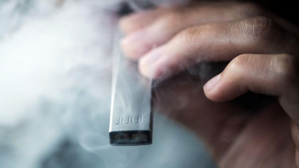 E-Zigarette – Ausstiegshilfe oder Einstiegsdroge?