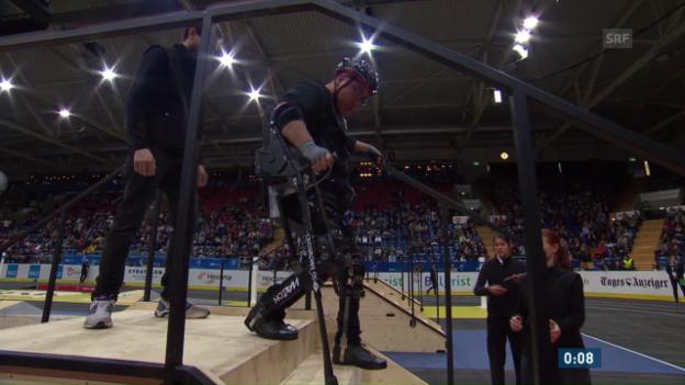 Video «Qualifikation: Exoskelett-Hindernisrennen» abspielen