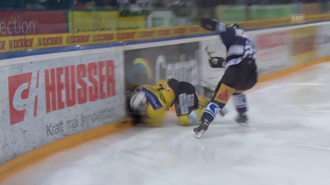 Eishockey: Foul Alatalo an Holloway
