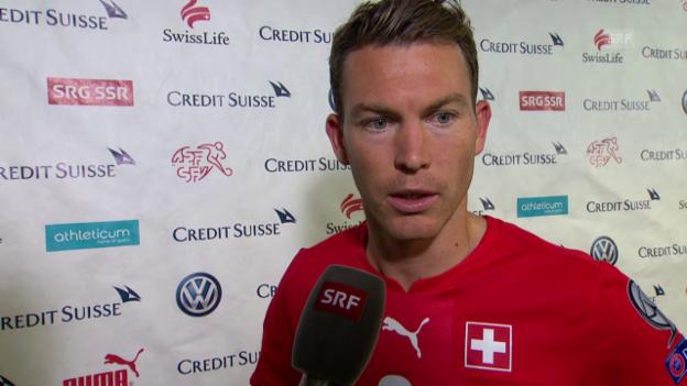 Video «Fussball: EM-Quali, Lichtsteiner nach Slowenien-Spiel» abspielen