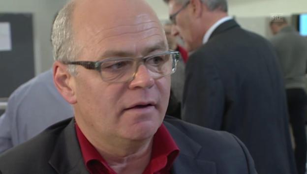 Video «Tschümperlin kündigt Rückzug aus Politik an» abspielen