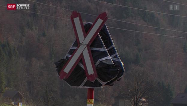 Video «Bald sichere Bahnübergänge» abspielen
