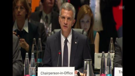 Video «Die Eröffnungsrede von OSZE-Präsident Didier Burkhalter» abspielen