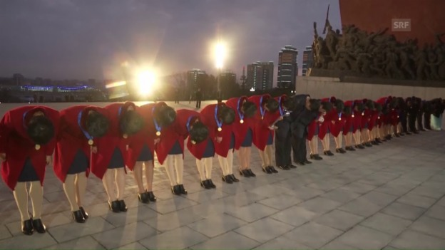 Video «Nordkoreas U20-Weltmeisterinnen werden in Pjönjang empfangen» abspielen