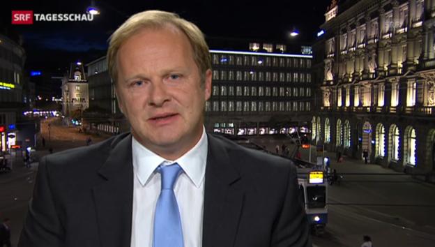 Video «SRF-Wirtschaftsredaktor Christian Kolbe zu den Plänen der UBS» abspielen