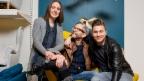 Video «Anna und Stefan: «Es rägnet Gold»» abspielen