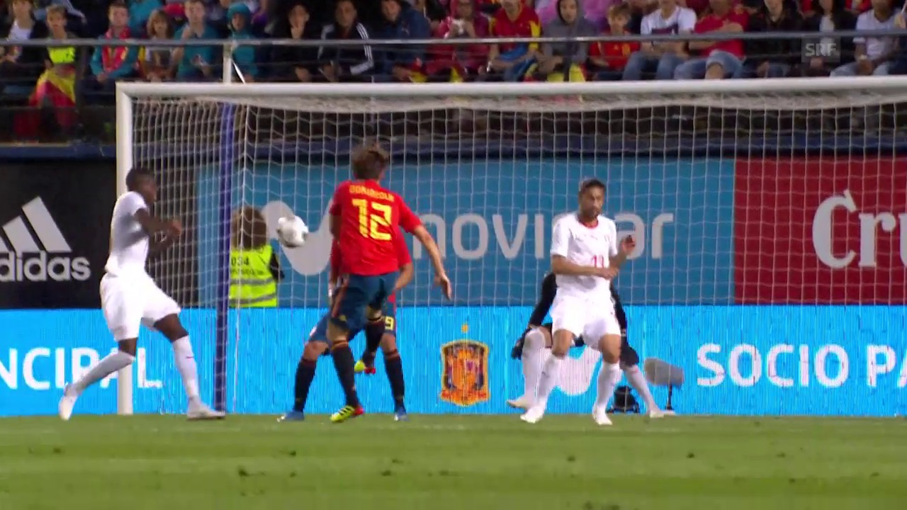 Das 1:0 von Spaniens Odriozola gegen die Schweiz