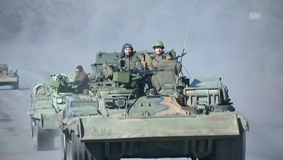 Militärfahrzeuge bei Debalzewe (unkommentiert)