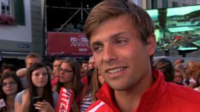 Video «Swiss Football Awards: «Fussballer bi de Fäns»» abspielen