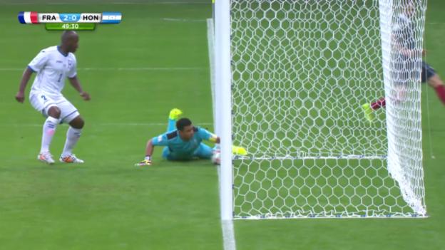 Video «Fussball: WM 2014, Valladares-Eigentor gegen Frankreich» abspielen