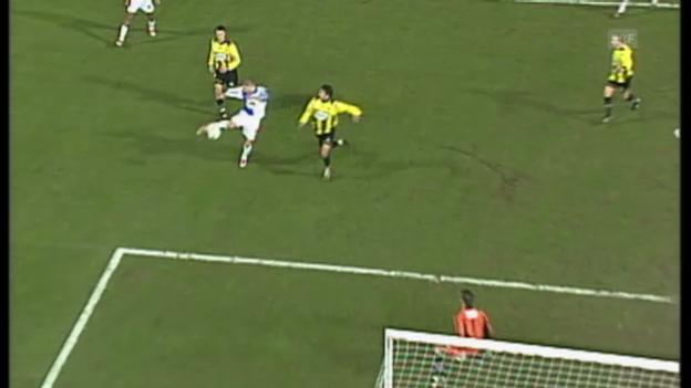 Video «FUSSBALL: Tore von Petric in der Schweiz» abspielen