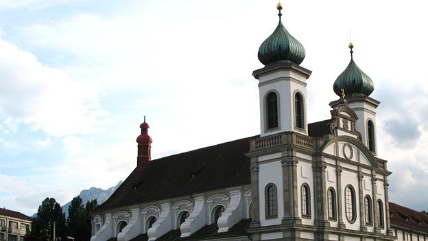 Glockengeläut der Jesuitenkirche in Luzern