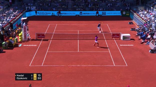 Video «Nadal zeigt mal wieder seinen genialen Rückwärts-Smash (SNTV)» abspielen