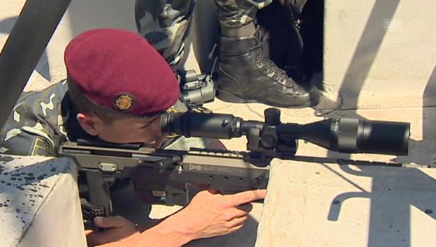 Video «Enorme Sicherheitsvorkehrungen in Madrid (unkommentiert)» abspielen