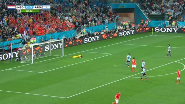 Video «Niederlande - Argentinien: Die Live-Highlights» abspielen