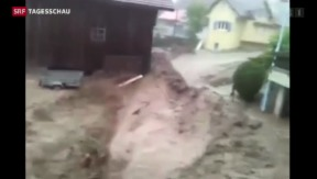 Video «Heftiger Regen in der ganzen Schweiz» abspielen