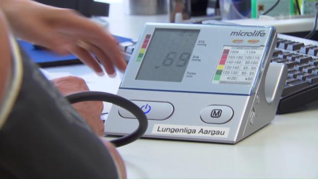 Video «Mittagsschlaf senkt den Blutdruck» abspielen
