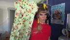 Video «Nicole Bernegger öffnet ihren Kleiderschrank» abspielen