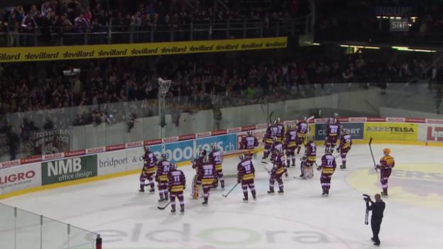 Video «Eishockey: Playoff-Halbfinal Genf - ZSC, Spiel 5, Fans feiern Genf trotz 0:8-Niederlage» abspielen