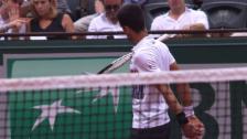 Video «Racketwurf, Pfiffe, Verwarnung: Djokovic muss unten durch» abspielen