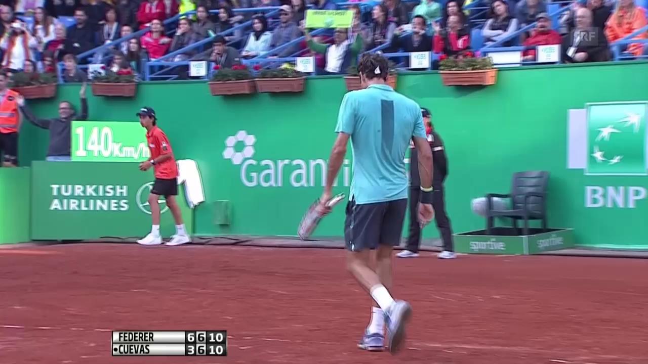 Tennis: Final in Istanbul, Federer wehrt Satzball ab