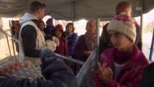Video «Der Alltag im Flüchtlingslager in Idomeni» abspielen
