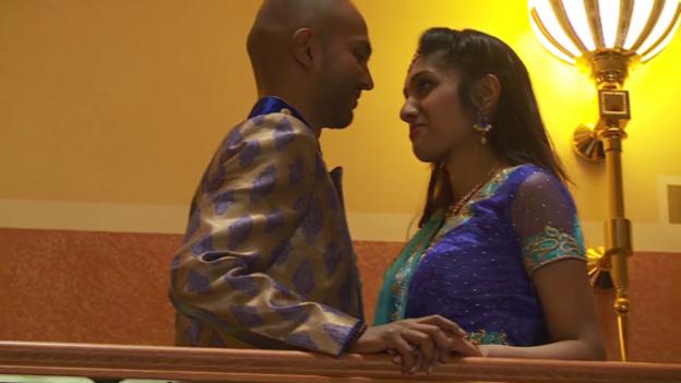 Video «Bollywood Traumpaar» abspielen