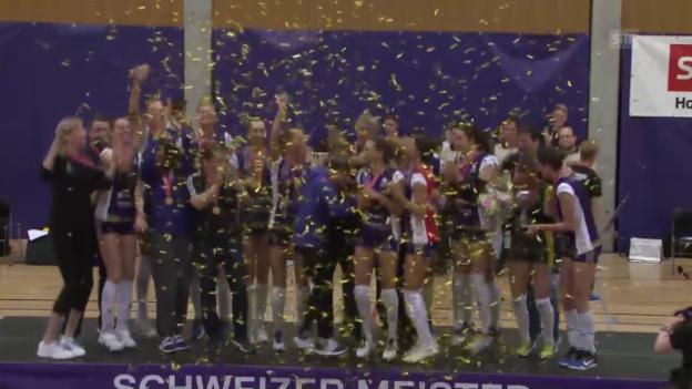 Video «11. Meistertitel: Volero lässt gegen Aesch-Pfeffingen nichts mehr anbrennen» abspielen