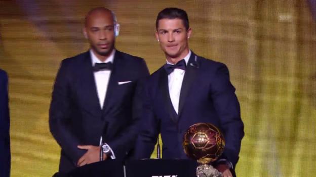 Video «Fussball: Die Ehrung von Cristiano Ronaldo» abspielen