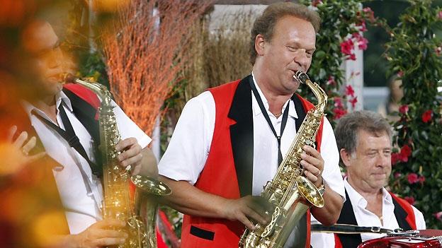 Carlo Brunner freut sich über den Goldenen Violinschlüssel