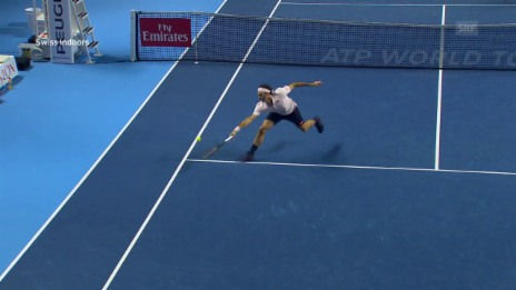 Link öffnet eine Lightbox. Video Federer gewinnt Wahnsinns-Punkt abspielen