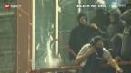 Video «Serbische Hooligans wüteten in Genua» abspielen