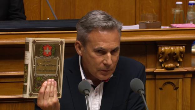 Video «Adrian Amstutz (SVP/BE) beklagt Verfassungsbruch» abspielen