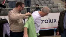 Video «McNamara im grünen Hemd – Muss jetzt der Schnauz weg?» abspielen