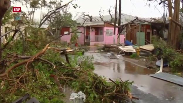 Video «Hurrikan «Maria» hinterlässt eine Spur der Verwüstung» abspielen