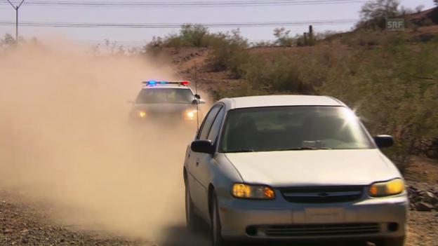 Video ««Jobtausch»-Trailer - Polizei» abspielen