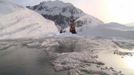 Video «Leben am Gotthard – Ein Jahr an der Passstrasse» abspielen