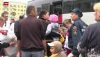 Video «Hilfskonvoi unterwegs in die Ukraine» abspielen